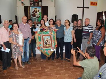 Keterllyn Pereira Inácio foi a grande vencedora do 1º concurso de estandartes da Romaria de Santo Antônio do Boqueirão.